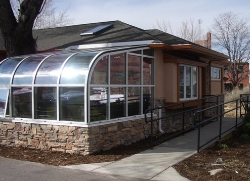 Blinds Corners Amp Curves Fully Operable Curved Glass Shades